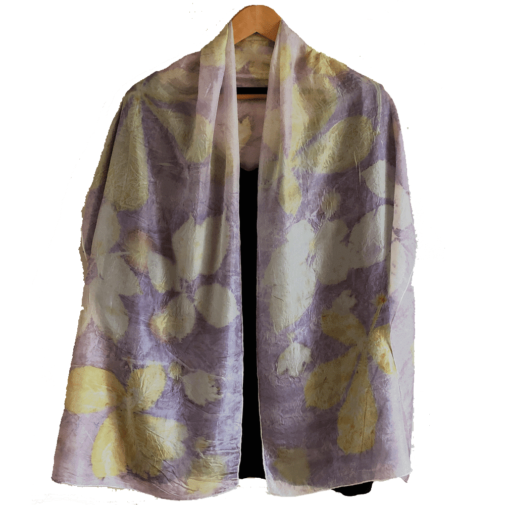 Lilac pongé silk with ecoprint of chestnut and blackberry leaves , among others - No Trace (2)